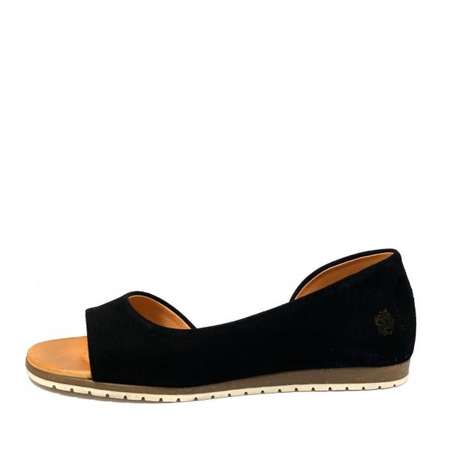 Naiste sandaal